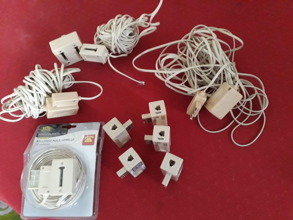 cables et prises telephone