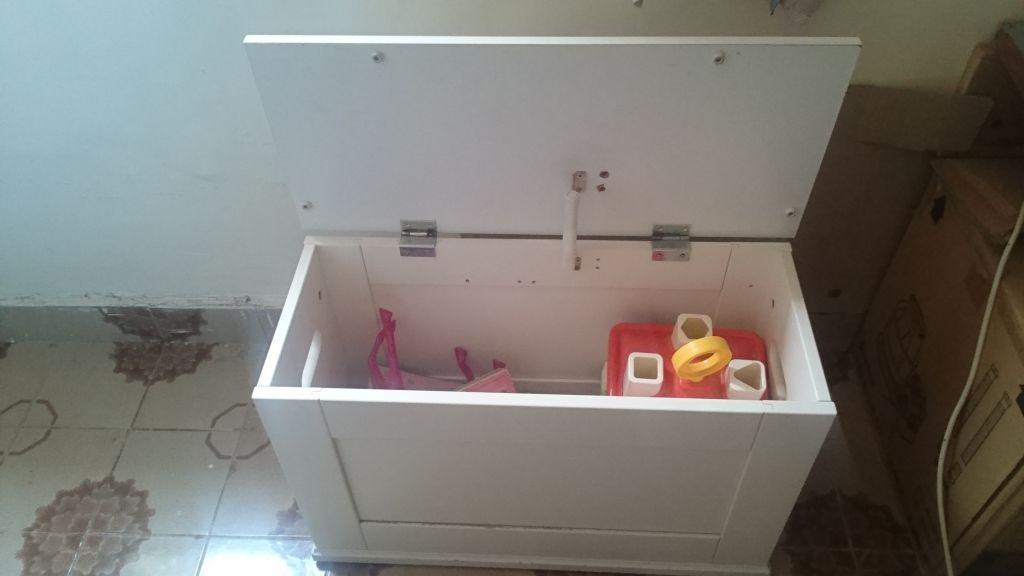 coffre jouet ik a blanc enfant djibouti. Black Bedroom Furniture Sets. Home Design Ideas