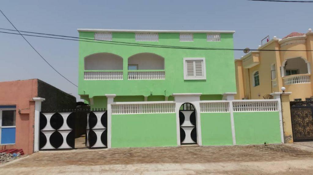 Bouchra immobilier propose 3 appartements F3 au Saline ouest