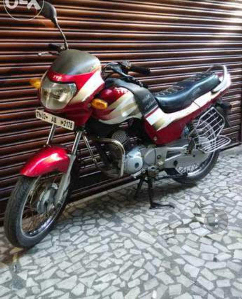 Moto tvs old victor GL 125 CC