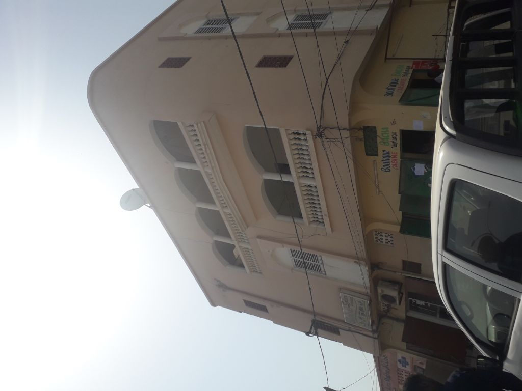 Bouchra Immobilier loue appatement F5 situé en face de l'UNFD