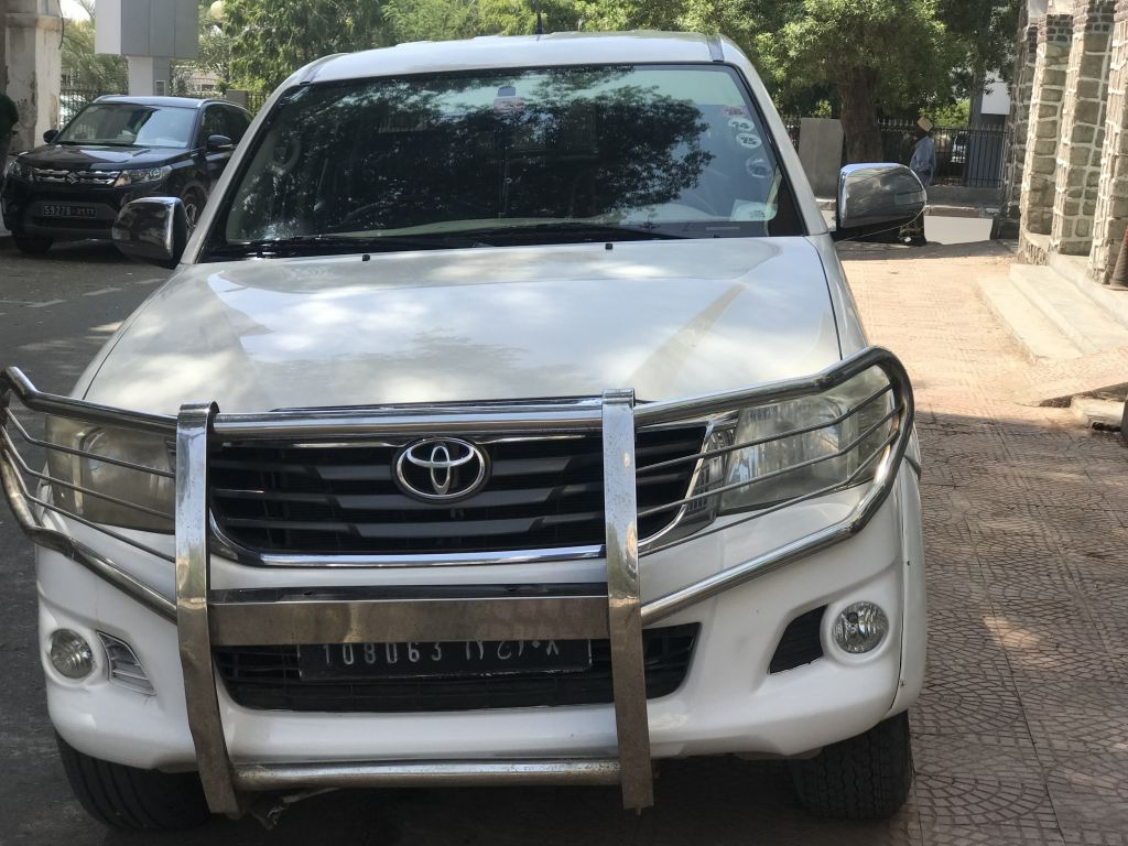 4x4 Toyota Hilux pick up diesel D4D TURBO CHARGER