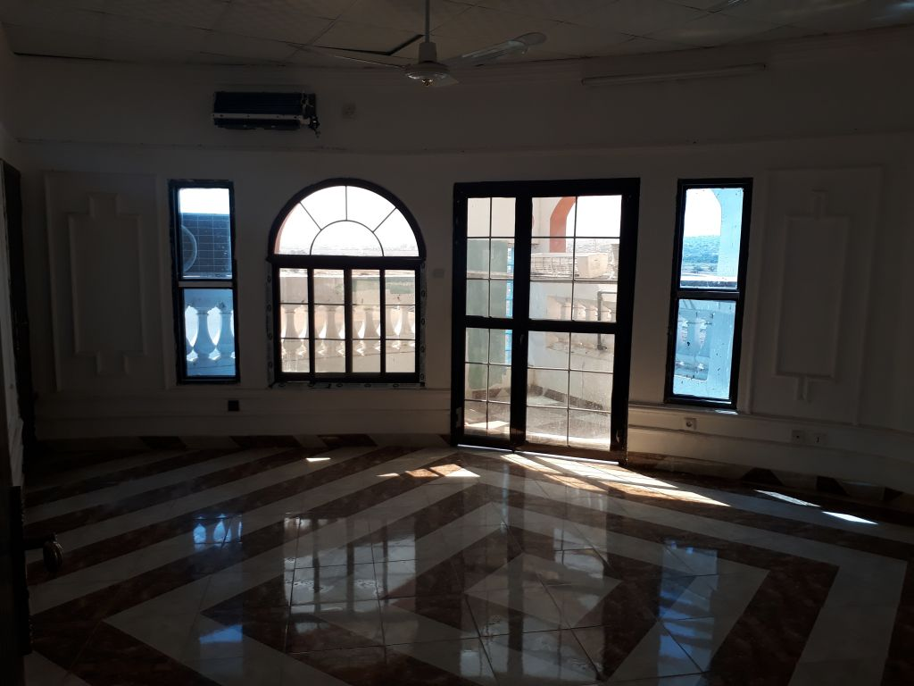 Sitti Property Appartement F3 semi meublé à louer